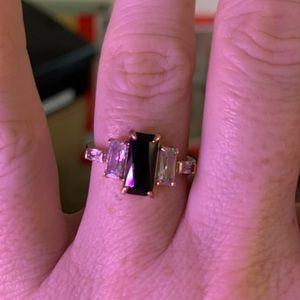 NWOT Rose gold, Onyx, CZ ring. SZ 7